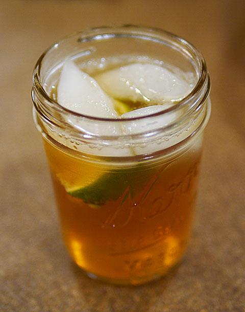 ginger mix alcohol something