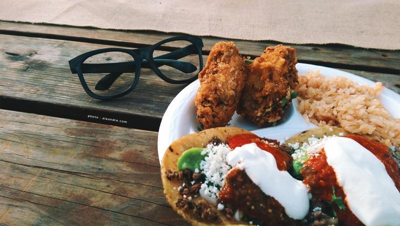 Crispy Garlic Chicken Wings, Carnitas Tacos and Mexican Rice